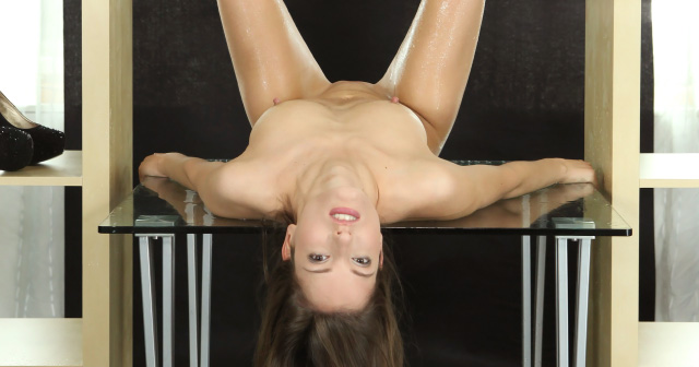 Silvia Luca dives into her piss on the glass table