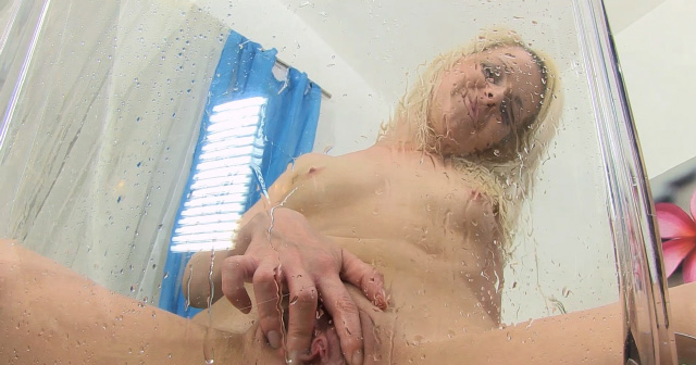 Denisa Peterson tastes her own warm piss