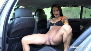 Horny babe Lexi Dona sucks and fucks in the car
